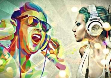 müzik dinleyen insanlar